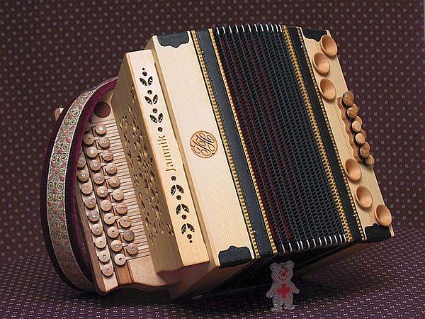 Auch als Kinder Harmonika: Jamnik 3-Reiher