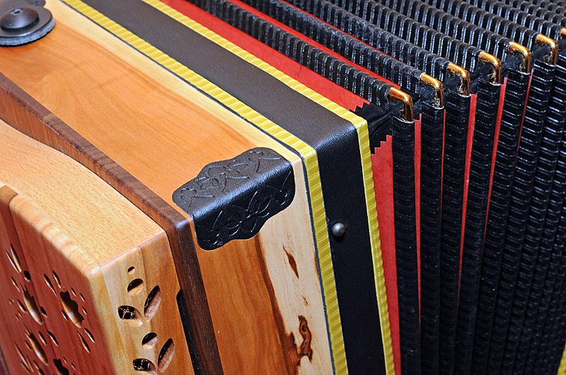 Steirische Harmonika Apfelholz Balg