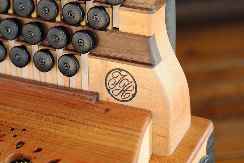 Steirische Harmonika Eibe Griffstock