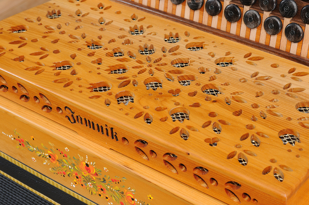 Steirische Harmonika Eibe offenes Verdeck