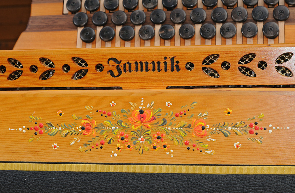Steirische Harmonika Eibe Bauernmalerei