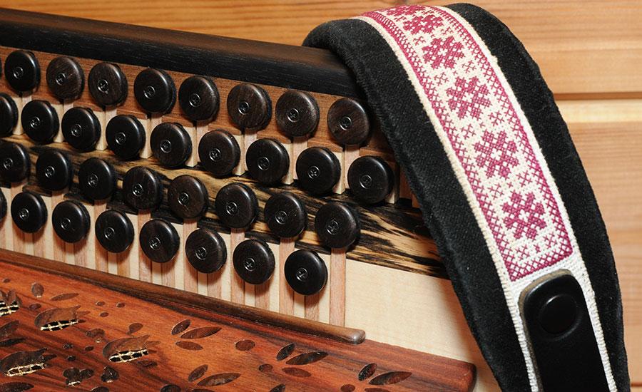 Steirische Harmonika Königsholz Ebenholz Tasten