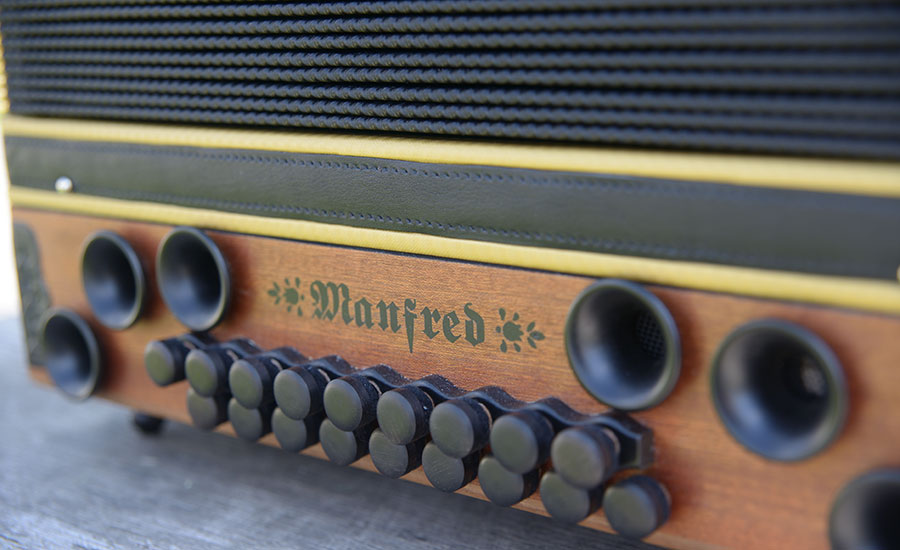 Steirische Harmonika Mahagoni Bassseite