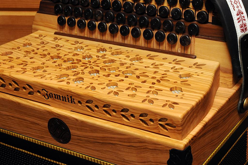 Jamnik Harmonika Olive Diskantverdeck