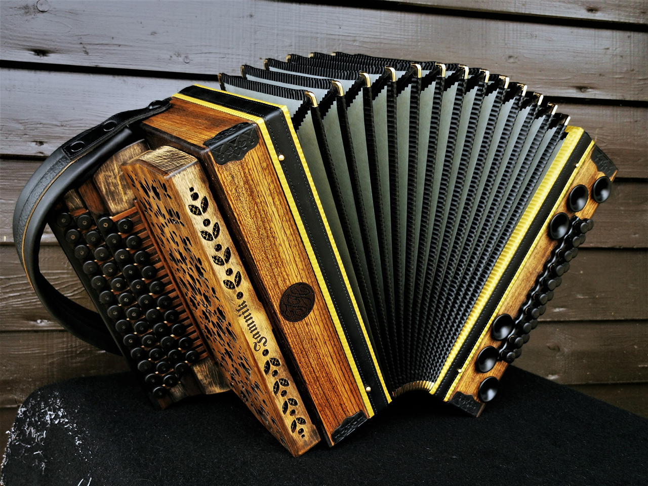 Steirische Harmonika Zebrano antike Optik